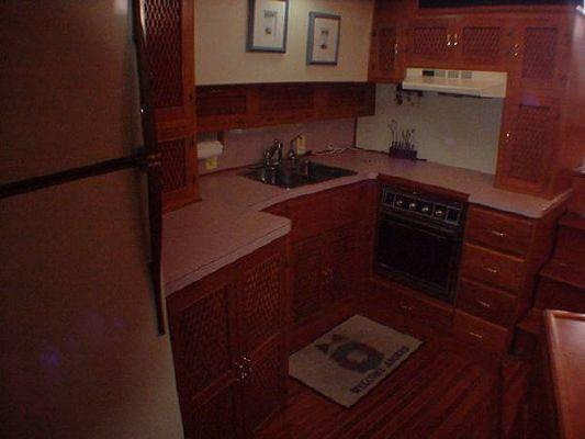 1986 vista motor yacht  3 1986 Vista Motor Yacht