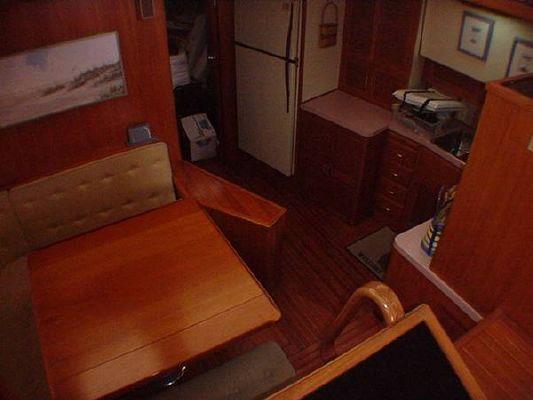 1986 vista motor yacht  4 1986 Vista Motor Yacht