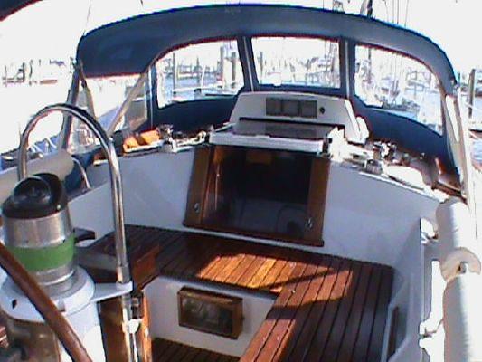 Amazon *Proven World Cruiser!* 1987 All Boats