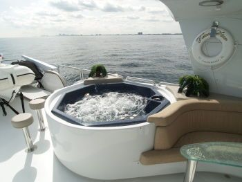 Boats for Sale & Yachts Azimut Motoryacht (2004 Complete Refit, Luxury Custom Flydeck, 5 SRs +crew) 1987 Azimut Yachts for Sale