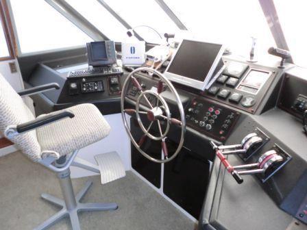 1987 bayliner 4550  13 1987 Bayliner 4550