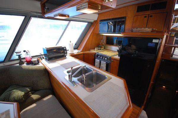 1987 bayliner 4550 motoryacht  10 1987 Bayliner 4550 Motoryacht