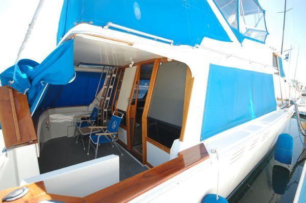 1987 bayliner 4550 motoryacht  6 1987 Bayliner 4550 Motoryacht
