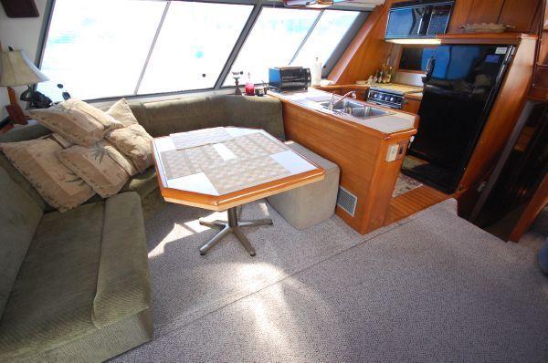 1987 bayliner 4550 motoryacht  9 1987 Bayliner 4550 Motoryacht