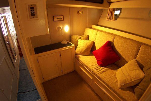 1987 bayliner 4550 motoryacht w twin volvo 360 hp  18 1987 Bayliner 4550 Motoryacht w/Twin Volvo 360 hp