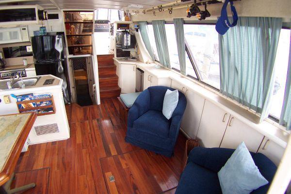1987 bayliner 4550 motoryacht w twin volvo 360 hp  37 1987 Bayliner 4550 Motoryacht w/Twin Volvo 360 hp