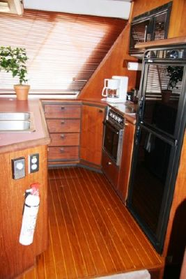 Boats for Sale & Yachts Bayliner 4550 Pilothouse 1987