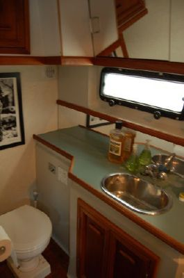 Boats for Sale & Yachts Carver Aft Cabin Motoryacht 1987 Aft Cabin Carver Boats for Sale