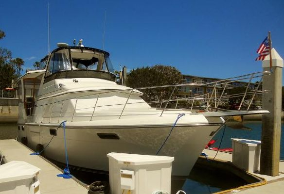 1987 Carver Aft Cabin Motoryacht Boats Yachts For Sale
