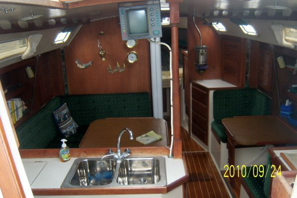 Catalina ** Shoal / Wing Keel ** 36 1987 Catalina Yachts for Sale