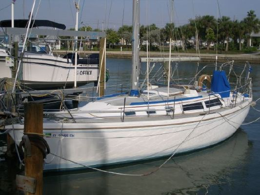 CATALINA YACHTS 34 Sloop Wing Keel Tall Rig (1998 Yanmar) 1987 Catalina Yachts for Sale Sloop Boats For Sale