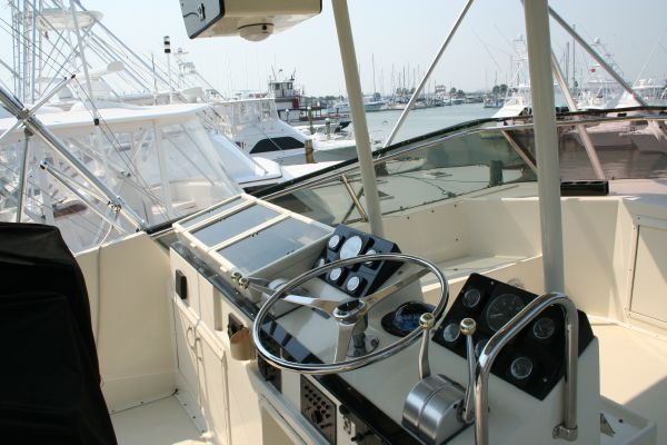 Hatteras Mann Power 55 Convertible 1987 Hatteras Boats for Sale