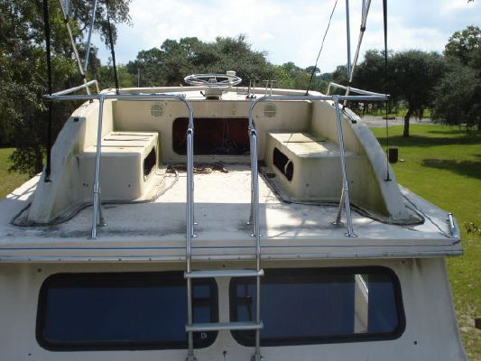 1987 holiday mansion aft cabin coastal baracuda  12 1987 Holiday Mansion AFT CABIN COASTAL BARACUDA