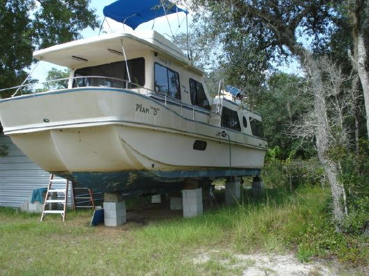 1987 holiday mansion aft cabin coastal baracuda  2 1987 Holiday Mansion AFT CABIN COASTAL BARACUDA