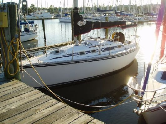 1987 hunter 31 sloop  1 1987 Hunter 31 SLOOP