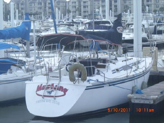 1987 hunter 31 sloop  13 1987 Hunter 31 SLOOP