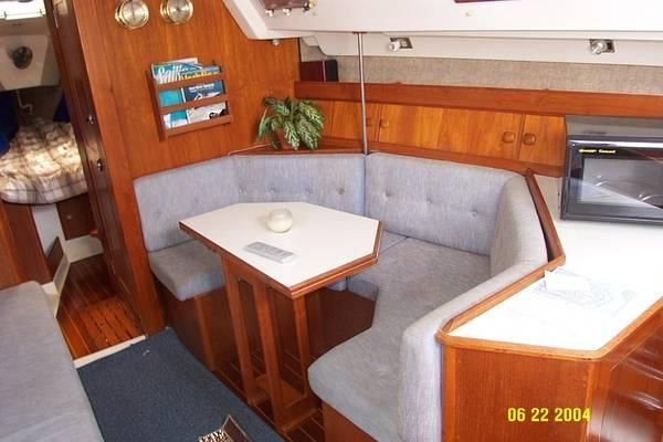 1987 hunter 31 sloop  2 1987 Hunter 31 SLOOP