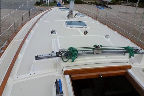 1987 island packet 31 centerboard sloop updated  21 1987 Island Packet 31 Centerboard Sloop, updated