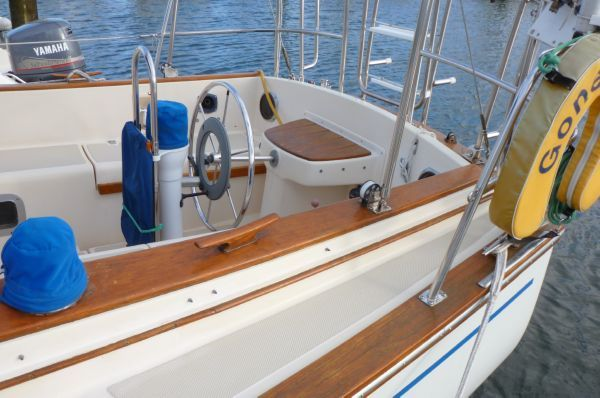 1987 island packet 31 centerboard sloop updated  5 1987 Island Packet 31 Centerboard Sloop, updated
