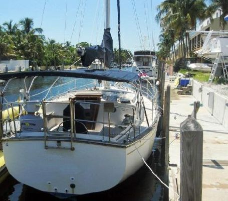 1987 island packet sailboat  2 1987 Island Packet SAILBOAT
