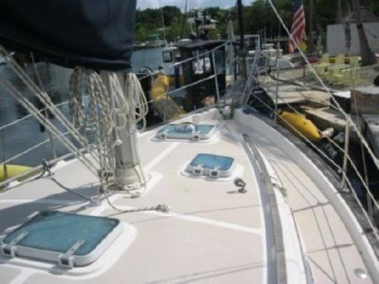 1987 island packet sailboat  8 1987 Island Packet SAILBOAT
