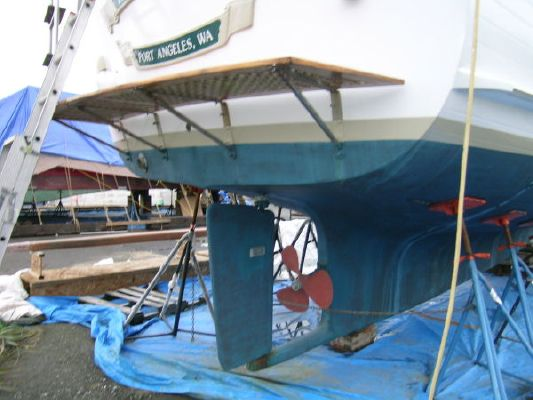 Island Trader Motor Sailers For Sale