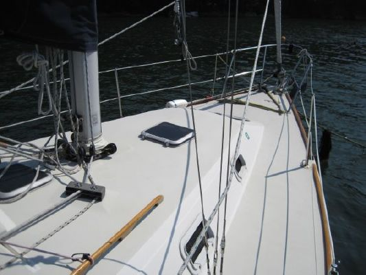 Pearson 31 1987 Sailboats for Sale