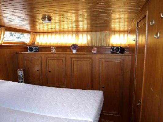 1987 valkkruiser 1300  20 1987 Valkkruiser 1300
