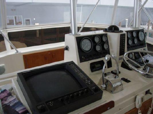 1987 viking 48 motor yacht  10 1987 Viking 48 MOTOR YACHT
