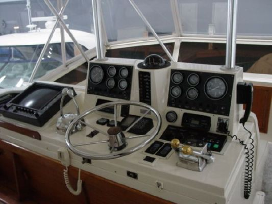 1987 viking 48 motor yacht  9 1987 Viking 48 MOTOR YACHT