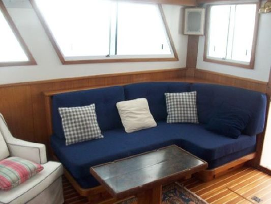 Wilbur Downeast Flybridge 1987 Flybridge Boats for Sale
