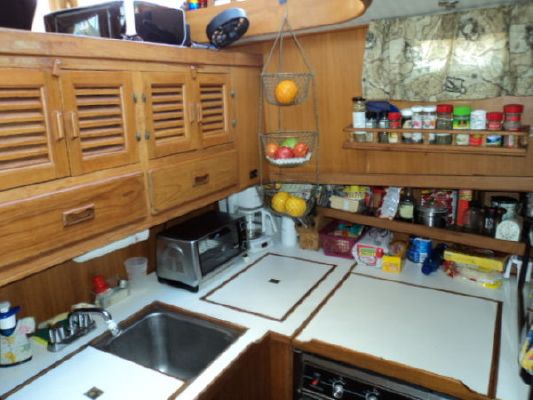 lbin Sundeck/Trawler 1988 40 Albin boats for sale Trawler Boats for Sale