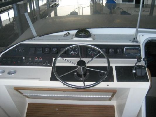 1988 bayliner 45 pilothouse  7 1988 Bayliner 45 Pilothouse
