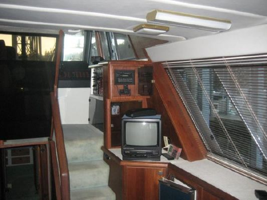 1988 bayliner 45 pilothouse  9 1988 Bayliner 45 Pilothouse