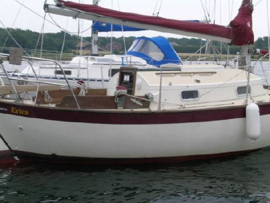 Francis 26 1988 All Boats
