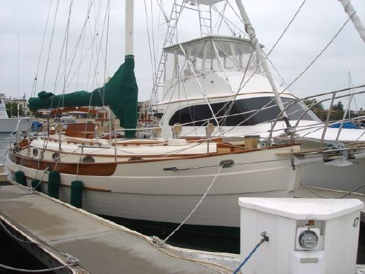 Hans Christian 33T Cutter 1988 Sailboats for Sale