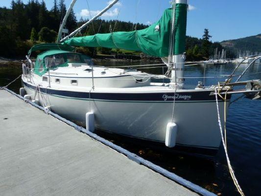 Hinterhoeller Nonsuch 33 1988 All Boats
