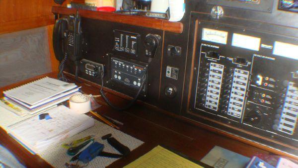1988 irwin 43 mk iii  19 1988 Irwin 43 Mk III