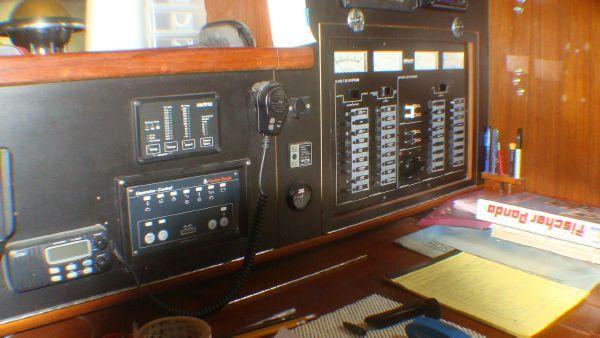 1988 irwin 43 mk iii  20 1988 Irwin 43 Mk III