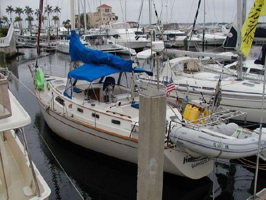Morgan Center Cockpit 44 1988 All Boats