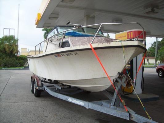Boats for Sale & Yachts PARKER BOATS 23 Walkaround Cuddy Cabin 1988 Motor Boats