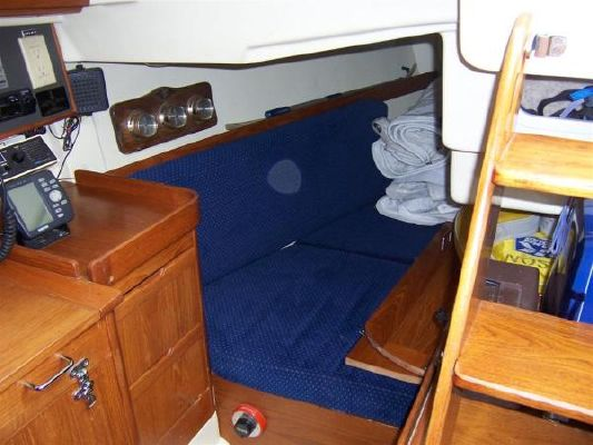 Pearson 31 1988 Sailboats for Sale