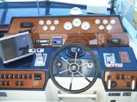 1988 sea ray 460 express cruiser 8 1988 Sea Ray *460 Express Cruiser