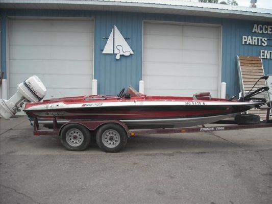 Stratos Bass Boats for Sale - Stratos Bass 201 Pro **2020 New Only $4K USD Bass Boats for Sale