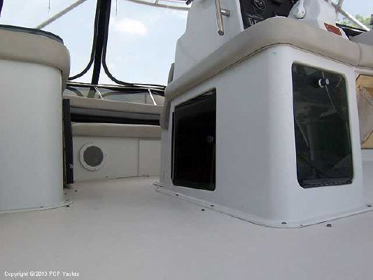 1988 trojan 46 international 14 meter convertible  46 1988 Trojan 46 INTERNATIONAL 14 METER CONVERTIBLE