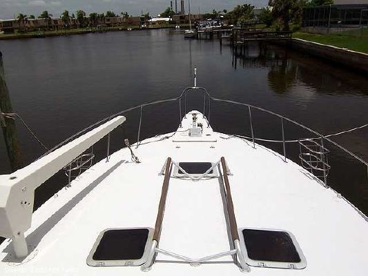 1988 trojan 46 international 14 meter convertible  6 1988 Trojan 46 INTERNATIONAL 14 METER CONVERTIBLE
