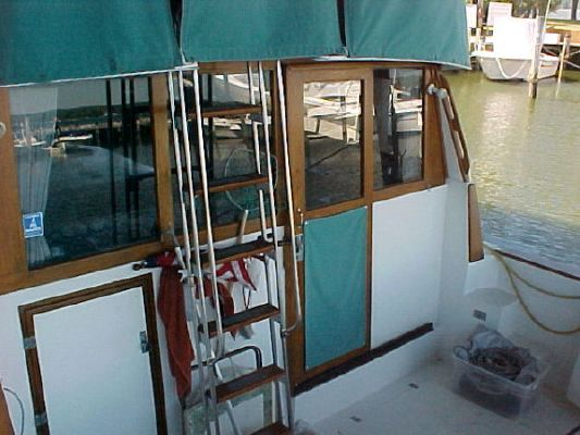 Boats for Sale & Yachts Bayliner 3870 MY 1989 Bayliner Boats for Sale