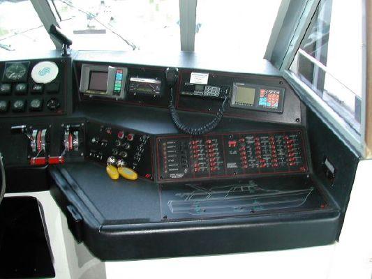 1989 bayliner 4588 motoryacht  10 1989 Bayliner 4588 Motoryacht
