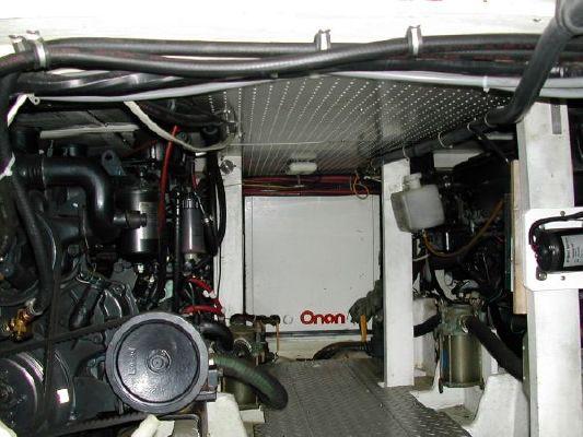 1989 bayliner 4588 motoryacht  14 1989 Bayliner 4588 Motoryacht