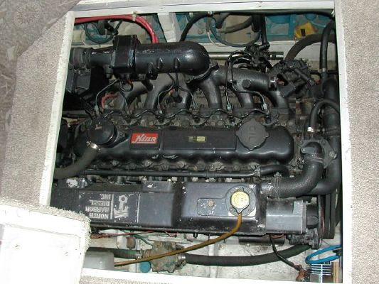 1989 bayliner 4588 motoryacht  21 1989 Bayliner 4588 Motoryacht